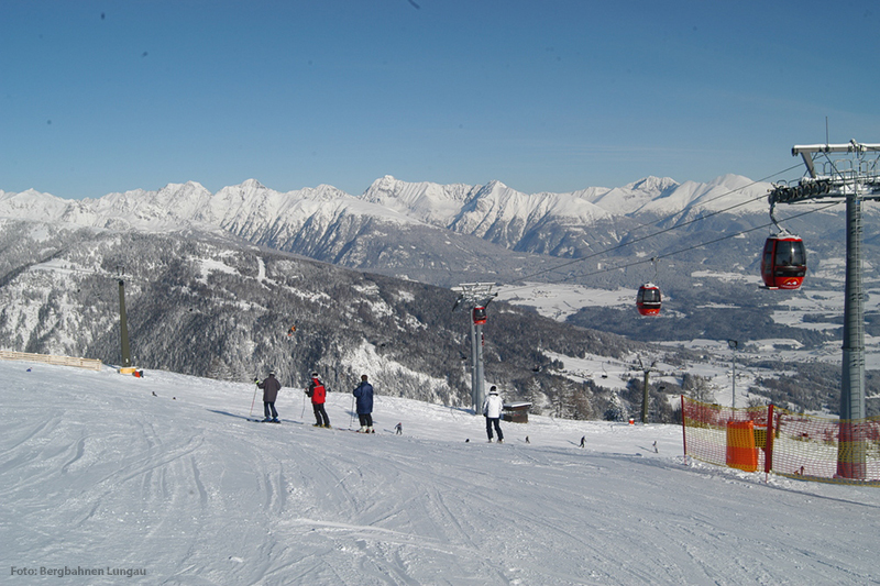 Talblick von dem Skigebiet Grosseck-Speiereck