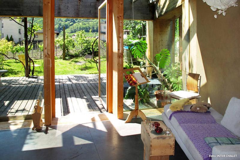 Chalet mit Terrasse in Lana