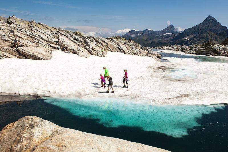 Interessante Gletscherrwege und Alpenüberquerungen