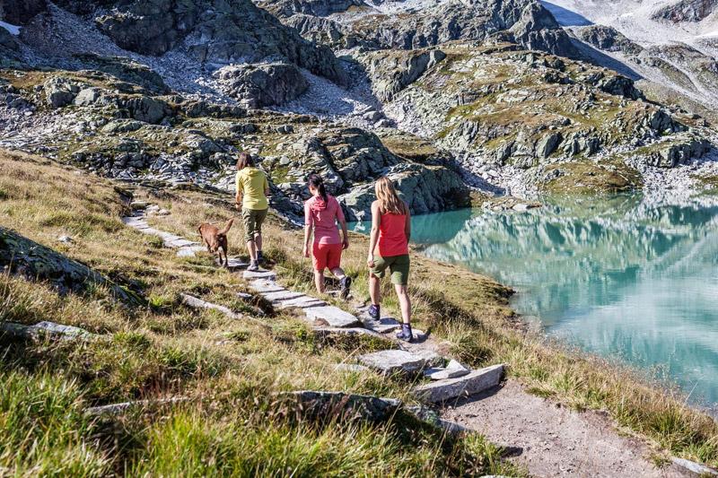 Mehr als 40 km markierte Wanderwege bis auf knapp 3.000 m Höhe