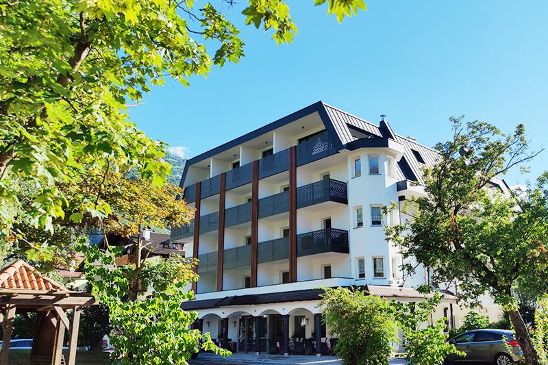 Sommerurlaub im 4-Sterne Park Hotel Villa Etschland