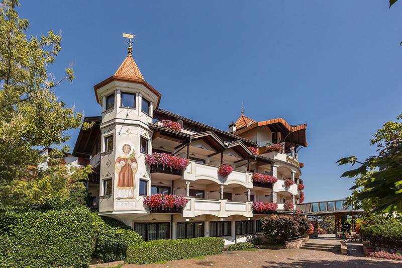 Sommerurlaub im Granpanorama Hotel Stephanshof bedeutet 4-Sterne Urlaub im Herzen Südtirols