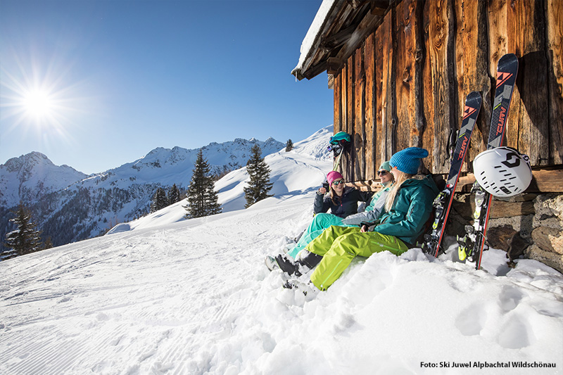 Sonnige Wintergage im Skigebiet Alpbachtal-Wildschönau