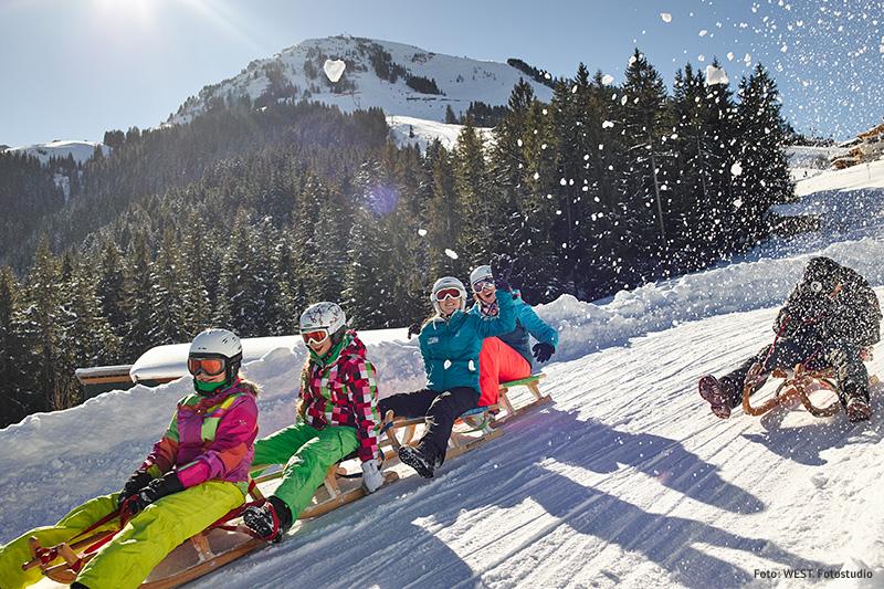 Familienfreundliche Rodelbahnen in der Skiwelt