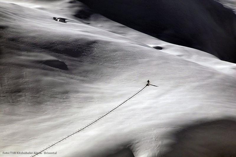 Spurarbeit bei einer Skitour in den Kitzbüheler Alpen