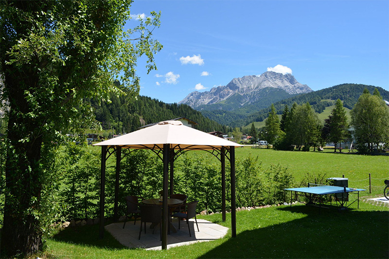 Appartements Walk - Garten mit freiem Blick auf die Berge