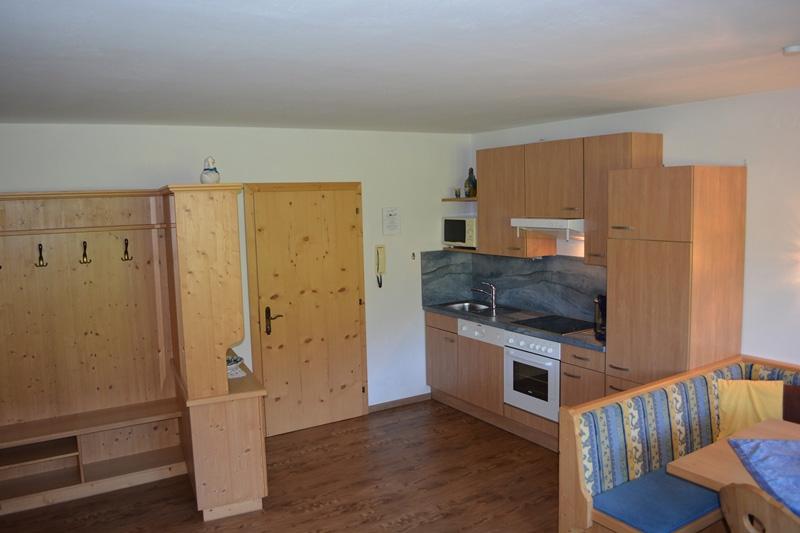 Wohnung 02 - Wohnraum mit Küche