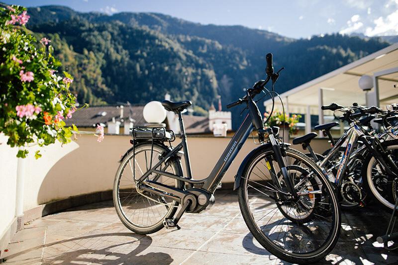 E-Biken und Radfahren im Passeiertal