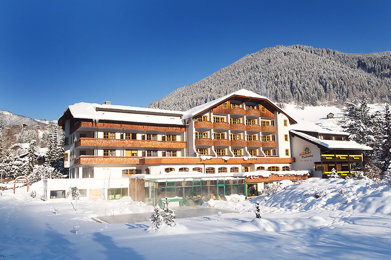 Winterurlaub im 4-Sterne Hotel Kolmhof