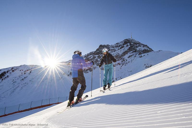 Skifahren im Skigebiet St. Johann-Oberndorf