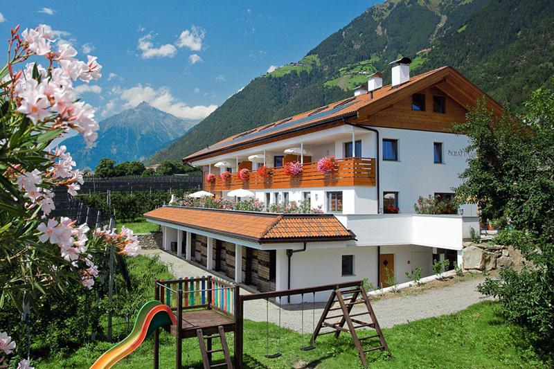 Appartements Schattmair Hof in Dorf Tirol bei Meran