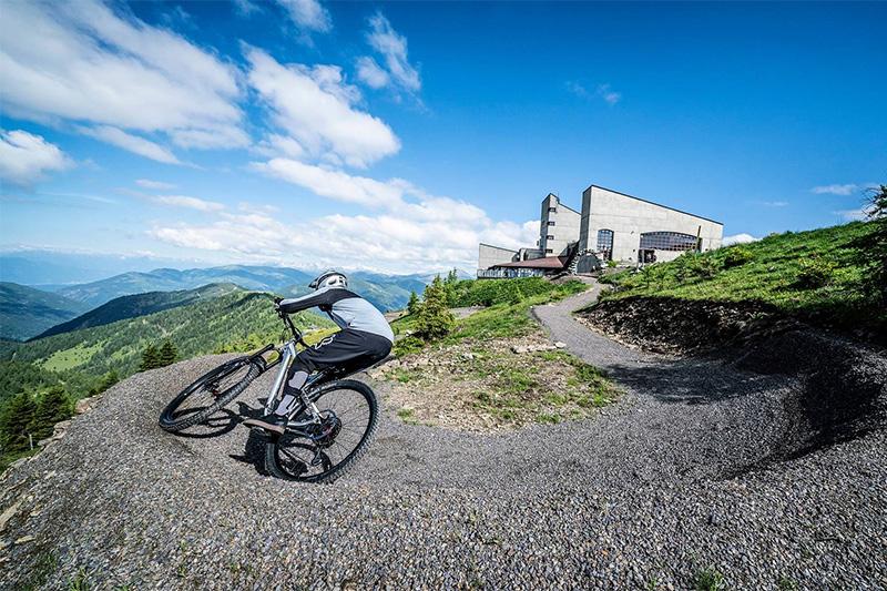 Der 15,9 km lange Flow Country Trail reicht von der Kaiserburg-Bergstation bis zur Talstation