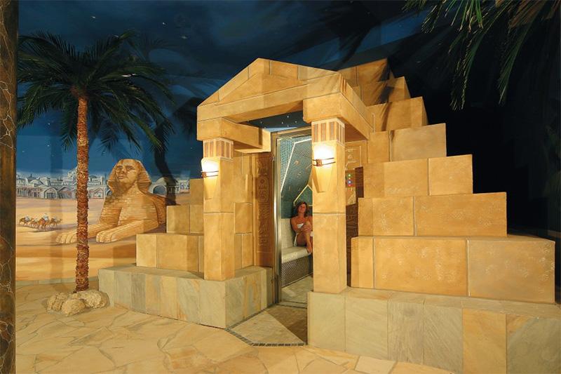 Dampfpyramide - orientalisch angehauchter Abschnitt der Saunawelt