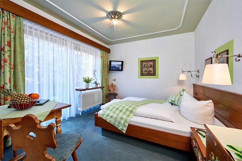 Doppelzimmer mit bayerischen Charme