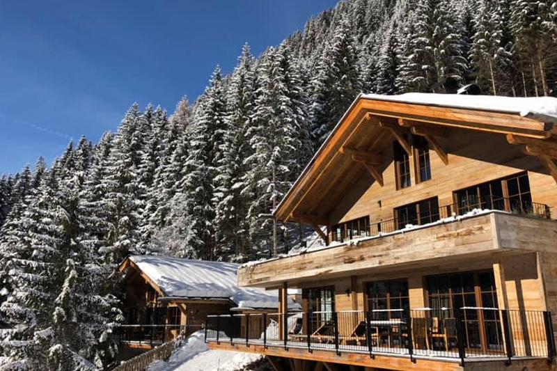 MonsSilva-LuxuryChalets-Winter-Aussenansicht
