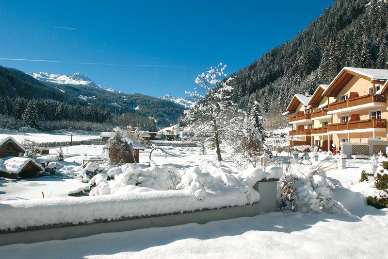 MonsSilva-LuxuryChalets-Winterpanorama