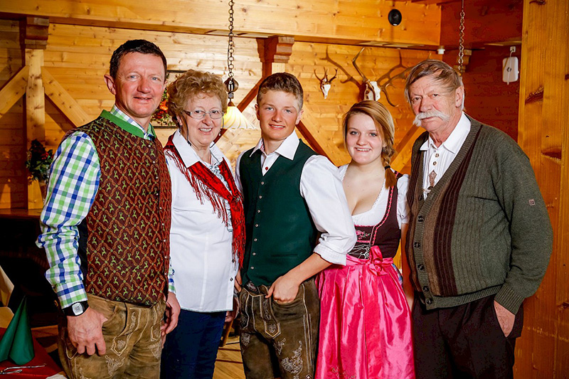 Deine Gastgeberfamilie Trixl vom Hotel Edelweiss im Pillerseetal