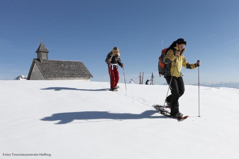 Westend-Schneeschuhwandern-mit-Dolomitenpanorama