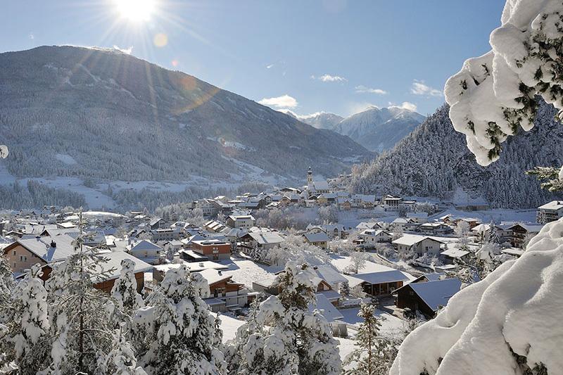 Am Eingang des Pitztals auf 883 m Seehöhe:  Arzl im Pitztal in Tirol