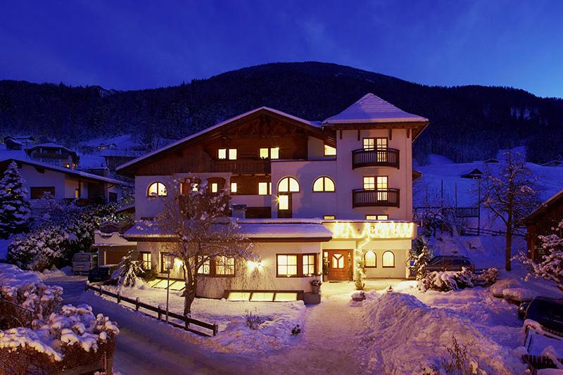 Winterurlaub im Ferienhotel Bergland in der Ferienregion Pitztal in Tirol