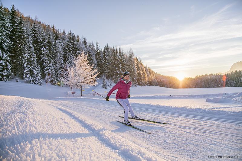 Wenn Du einen Langlaufurlaub machen möchtest, bist Du in der Ferienregion PillerseeTal-Kitzbüheler Alpen genau richtig! Die 150 km täglich frisch präparierten Langlaufloipen führen bis nach St. Ulrich am Pillersee und sogar ins benachbarte Pinzgau!