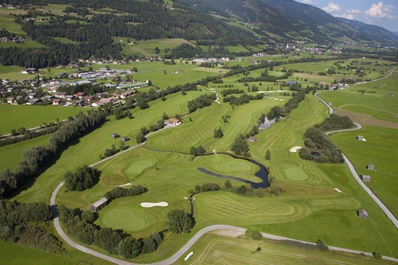 Spiel Golf im Herzen der Nationalpark Region