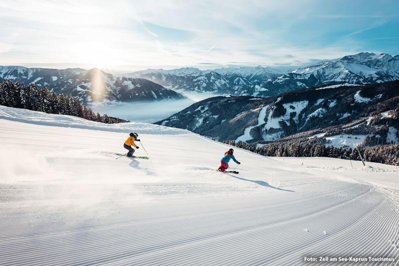 Skifahren im größten Skigebiet Österreichs in Zell am See - Saalbach Hinterglemm - Leogang - Fieberbrunn