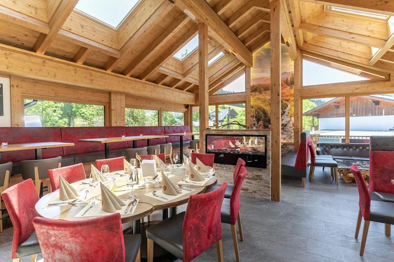 Hoteleigenes à-la-carte Restaurant DachsteinInn