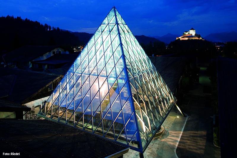Riedel Glas verbindet perfekte Form mit Hochgenuss seit 1756 in Kufstein
