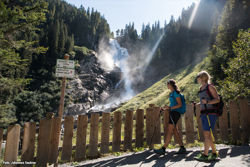 Krimmler Wasserfälle - Europas größte Wasserfälle mit einer Fallhöhe von 380 Metern
