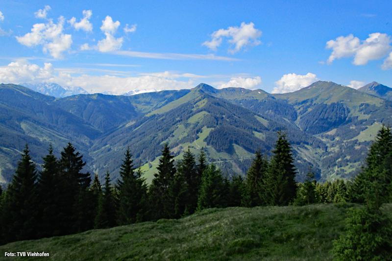 Während Du wanderst, genießt Du gleichzeitig die Ruhe des kleinen Alpendorfs