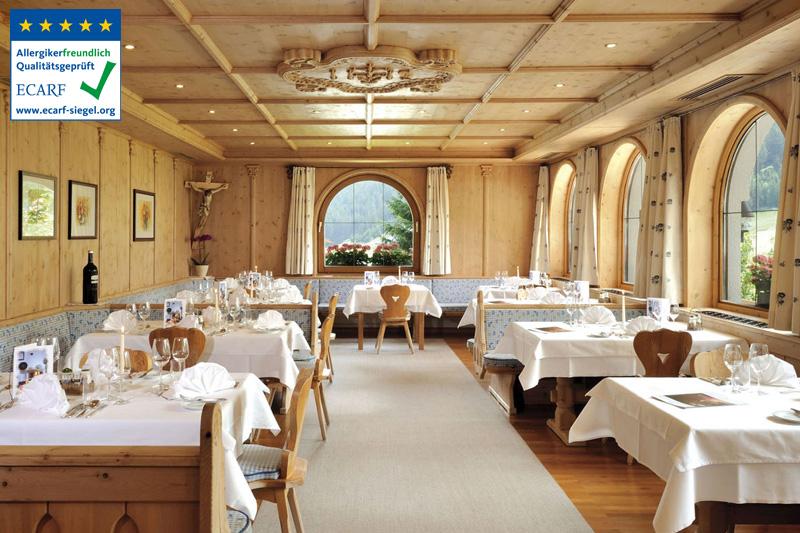 Im Restaurant die kreative, regionale Küche und die Tiroler Gastfreundschaft genießen