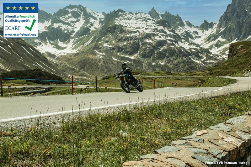 Galtür ist auch idealer Ausgangspunkt für Motorradtouren - Motorradfahrer sind im Alpenhotel Tirol willkommen