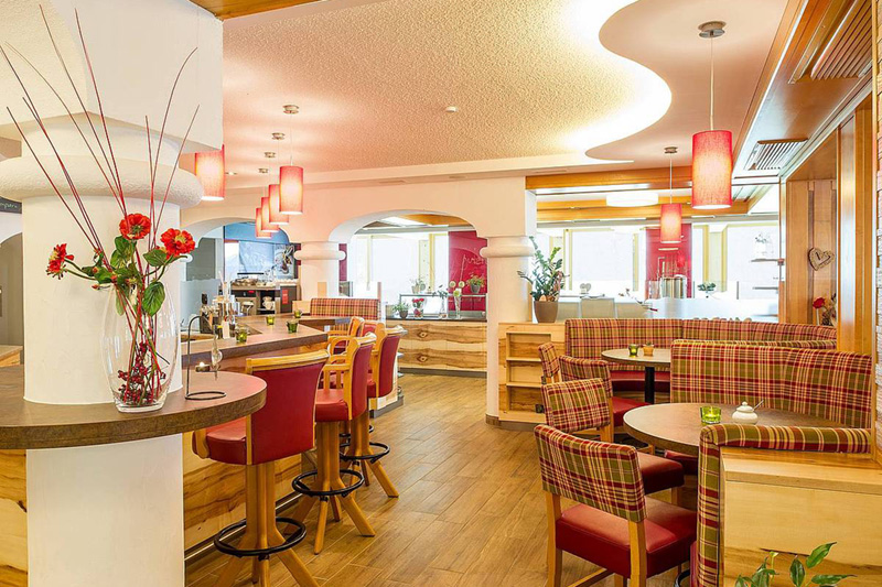 Das À-la-carte-Restaurant bietet Platz für ca. 30 Gäste