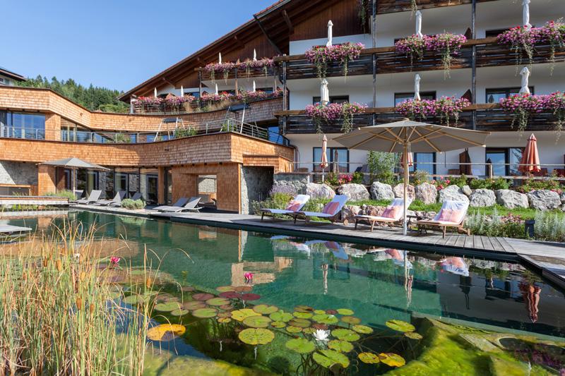 Sommerurlaub im Biohotel Eggensberger mit Garten-Spa