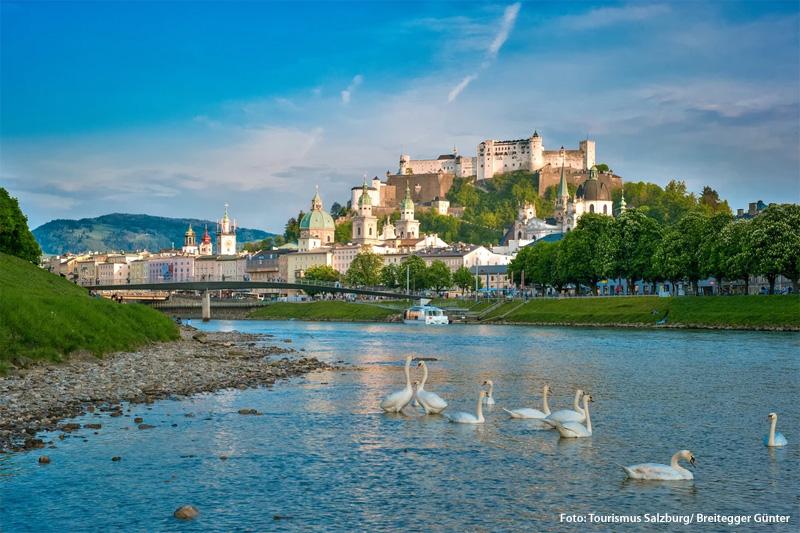 Das Ausflugsziel Salzburg ist in 1 Stunde erreichbar