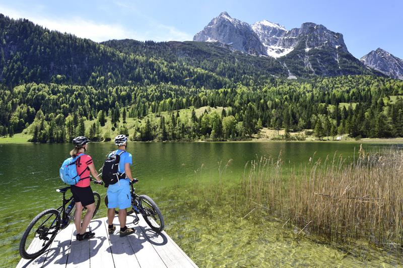 E-Biken zum Ferchensee | ©Alpenwelt-Karwendel | Stefan Eisend