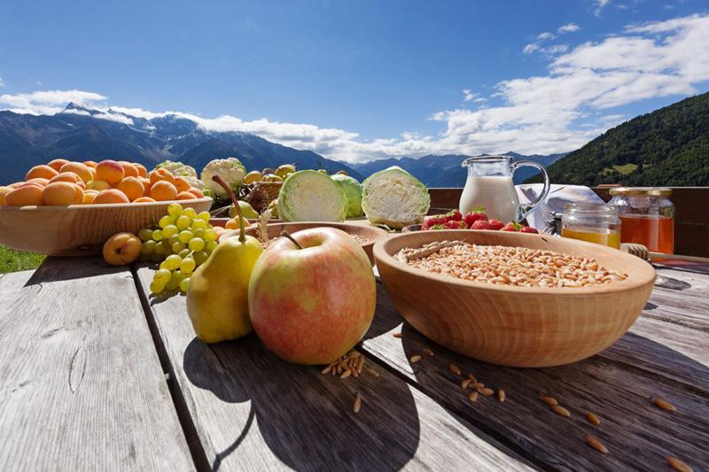 Obst und Gemüse vom Hof