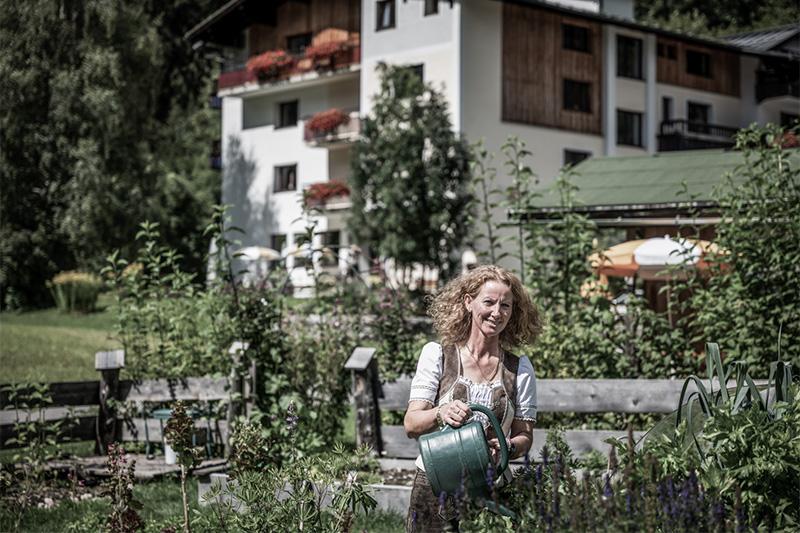Im naturverbundenen Hotel Vera Monti wird mit Zutaten aus dem eigenen Garten gekocht